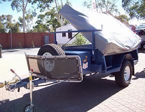Camel 'Bushman' camper trailer - easy to open!