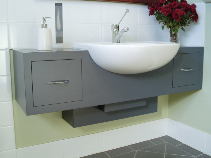 Vanity made to disabled access specifications