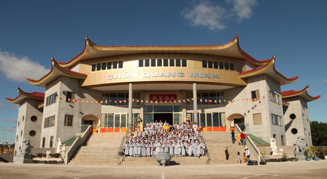 Grand Buddha Hall